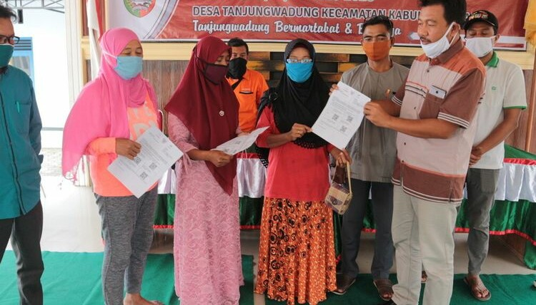 3 warga Jombang yang mengembalikan bantuan akibat Covid 19
