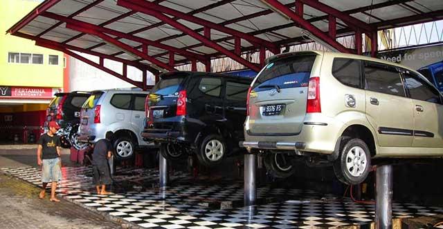 Jasa Cuci Mobil dan Motor