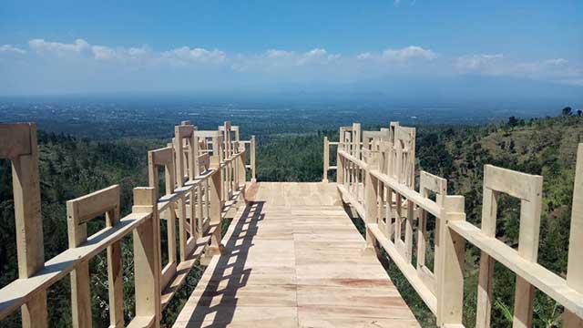 Bukit Mahadewa