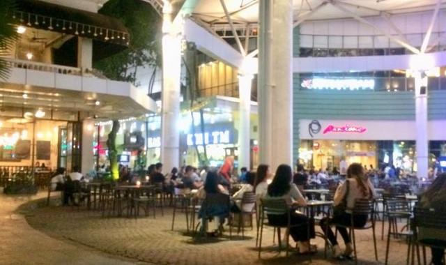Down Walk Summarecon Mall Serpong