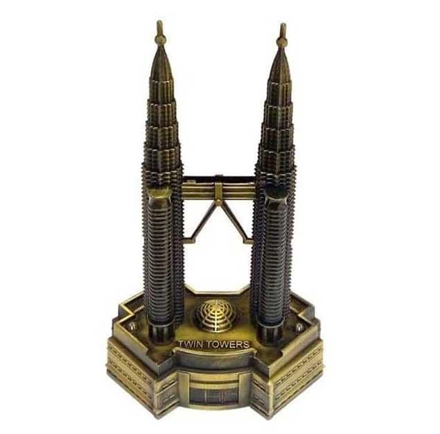 Miniatur Menara Petronas