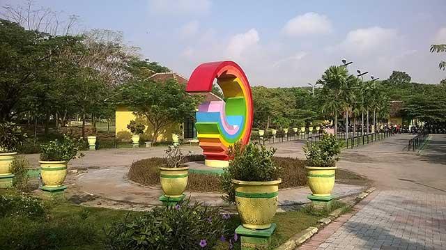 Taman Kebon Ratu