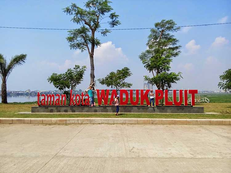 Taman Waduk Pluit