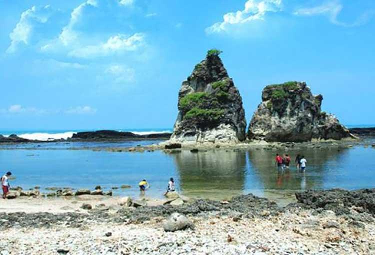 Pantai Mekar Bekasi