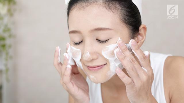 Tips Makeup Anti Luntur Agar Wajahmu Fresh Sepanjang Hari